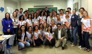 Instituto recebe do novo parceiro os uniformes do Trilha Jovem Iguassu