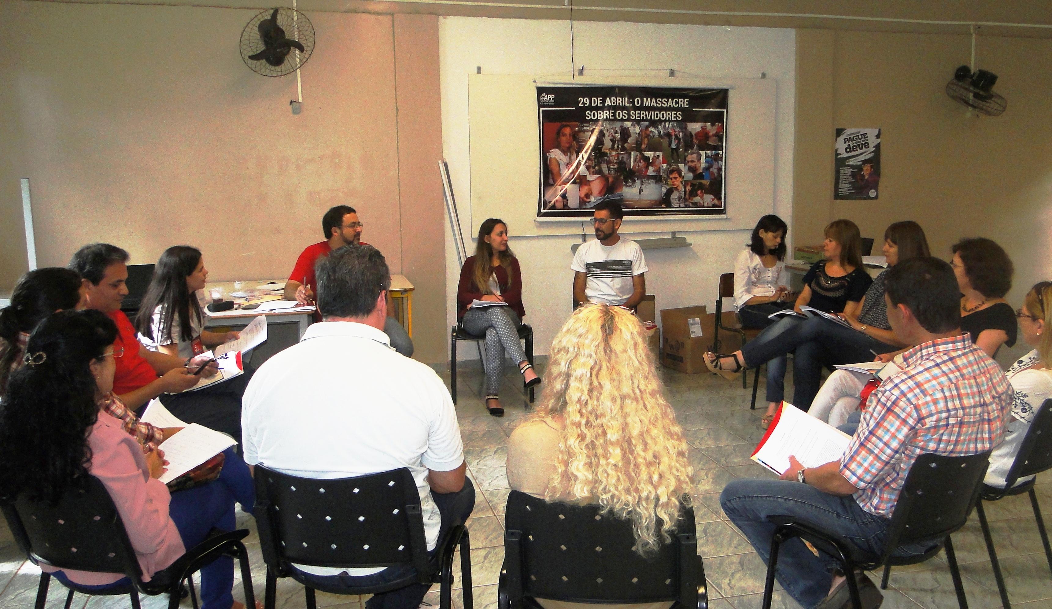 Reunião em Foz acertou detalhes da I Jornada Trinaiconal da Educação