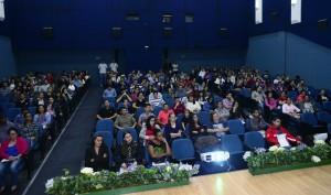 Aula inaugural do Trilha Jovem lotou o auditório da Uniamérica - Foto Marcos Labanca