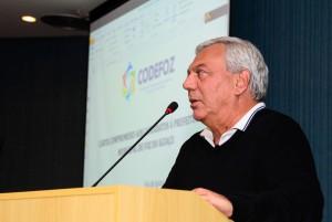 paulo-mac-donald-apresenta-propostas-a-plenaria-foto-marcos-labanca