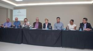 Lideranças públicas, gestores e parlamentares participaram da sessão do Codefoz - foto Marcos Labanca